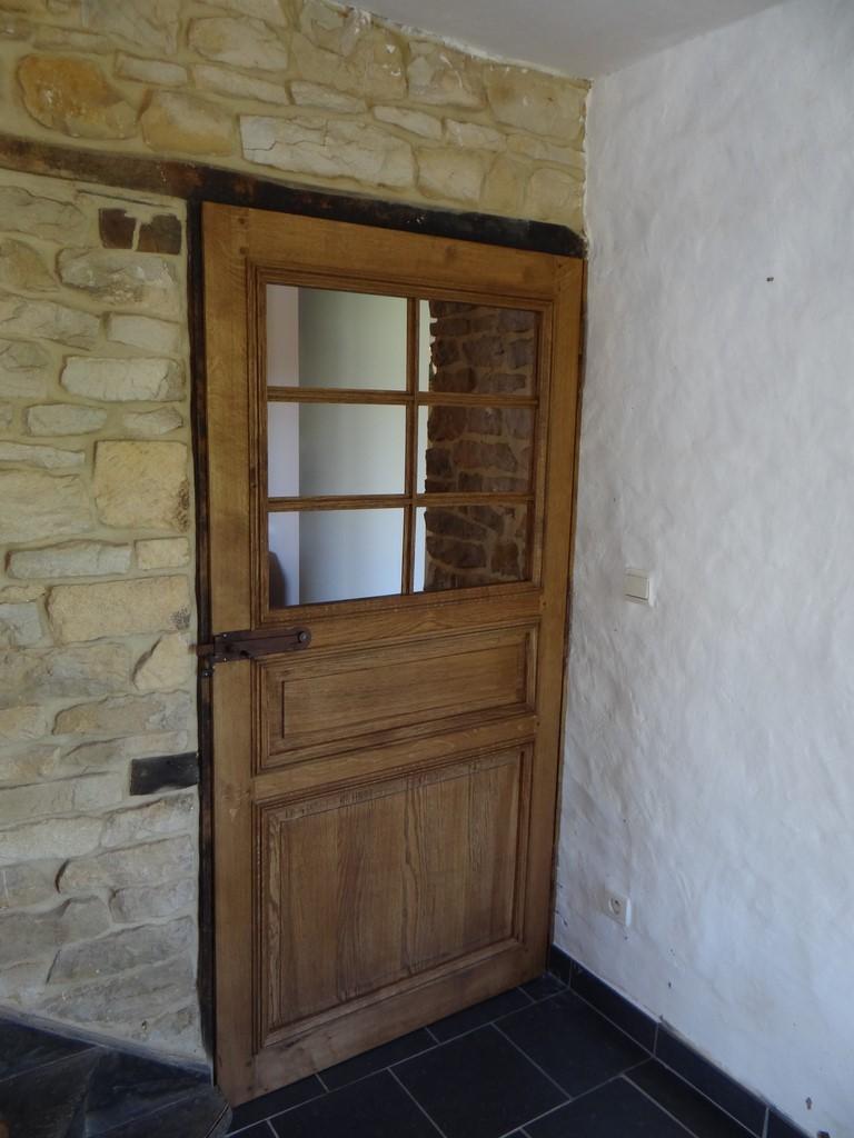 Restauration porte ancienne porte chene massif for Bati porte interieure